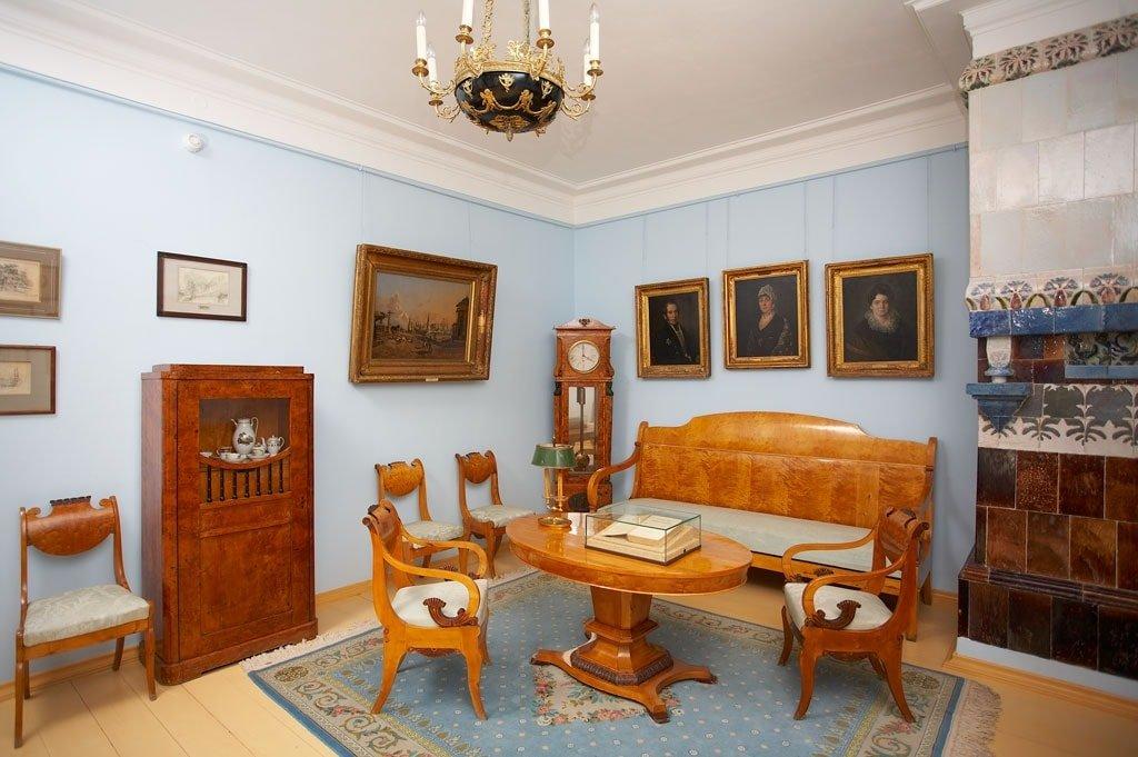Внутри главного дома