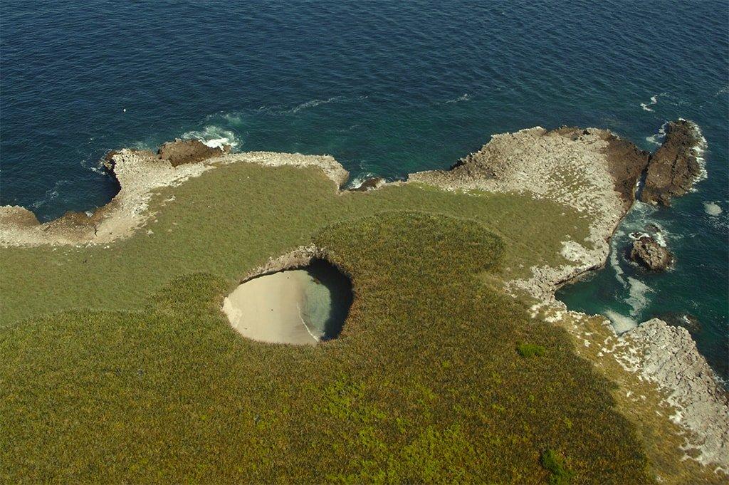 Пляж Плайя-дель-Амор