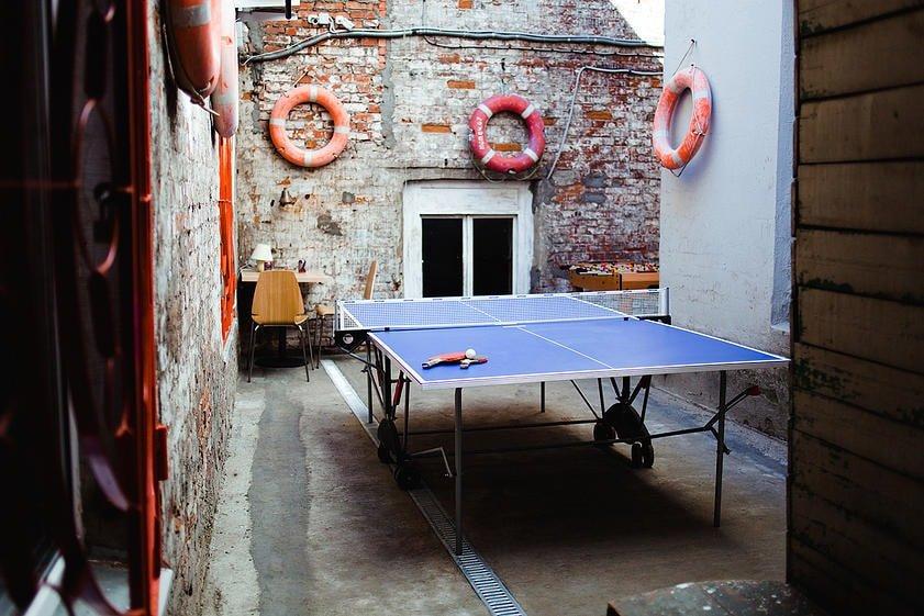 Настольный теннис в зале Колодец
