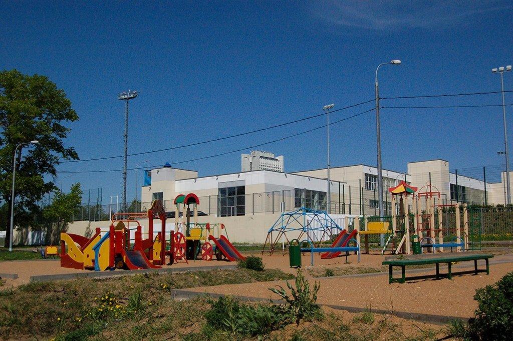 Большой городской пруд детская площадка