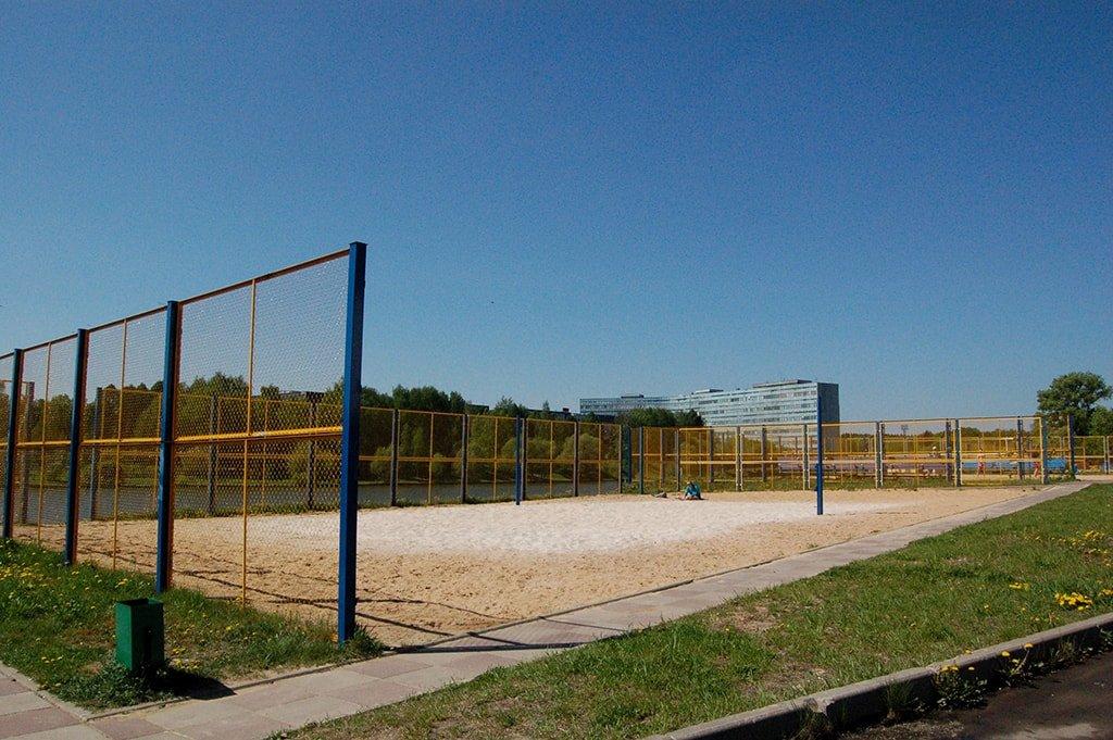 Большой городской пруд волейбольные площадки