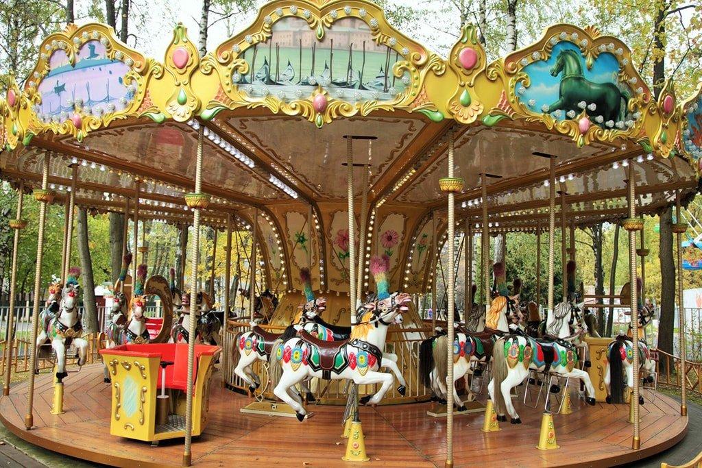 Комплекс аттракционов Забава в Измайловском парке