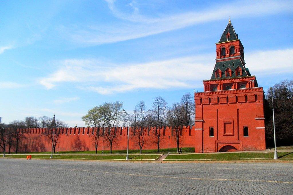 Константино-Еленинская башня Московского Кремля