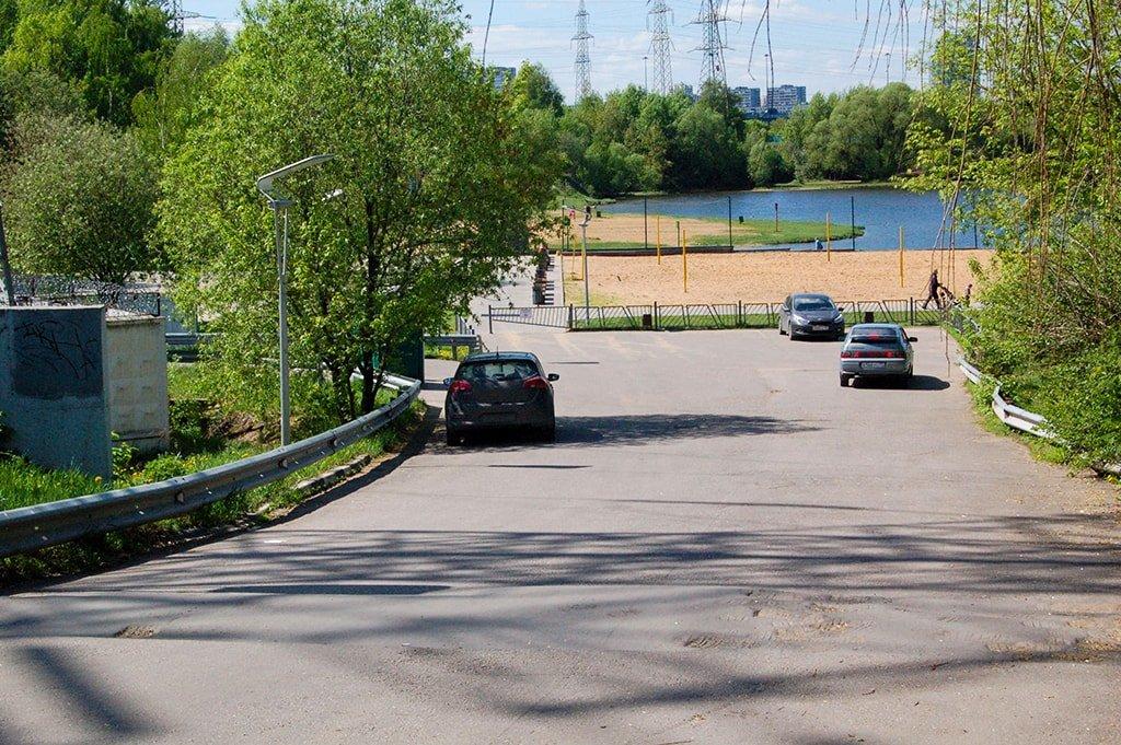 Парковка Левобережного