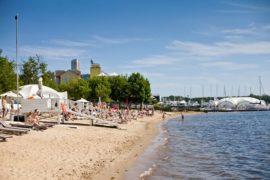 Пляжи Москвы – где купаться и загорать летом