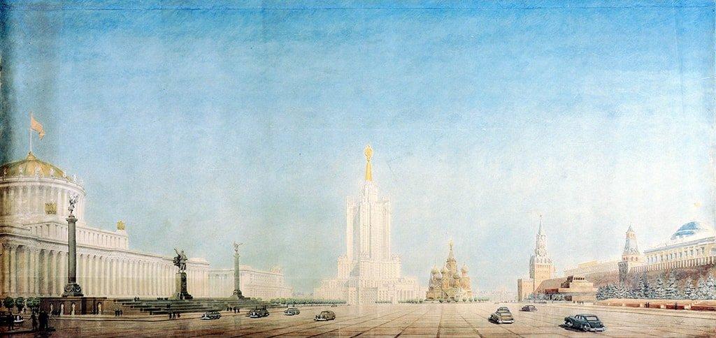 Слева - Наркомат тяжелой промышленности по проекту Мельникова. По центру - здание Наркомата тяжелого машиностроения по проекту Чичулина.