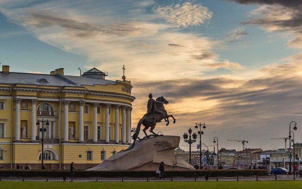 Элитные памятники санкт петербурга 19 века недорогие памятники фото москвы