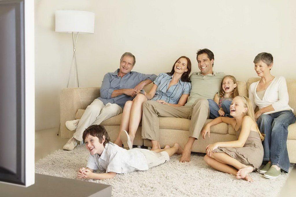 Семейные комедии - ТОП 20 душевных фильмов