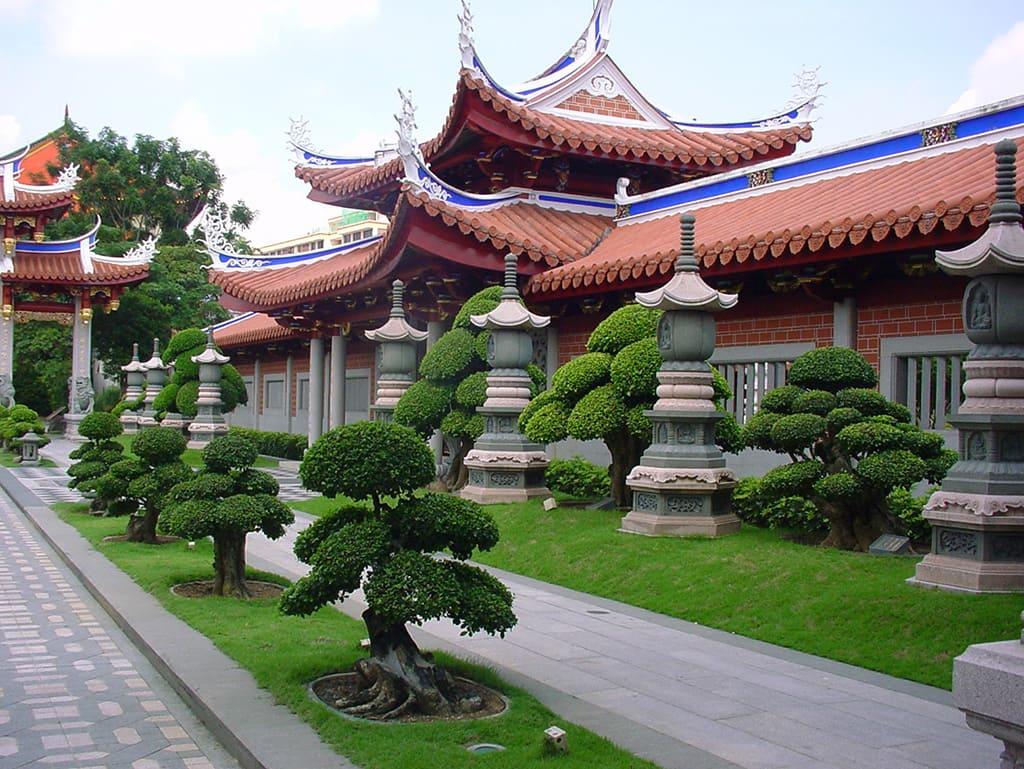 Храм Ляньшань Шуанлинь