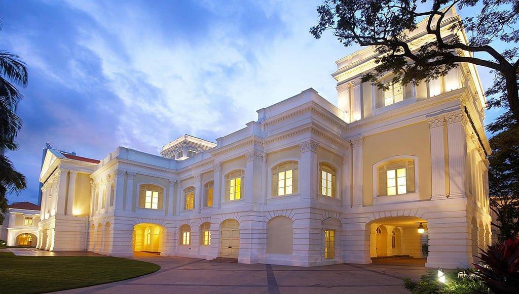 Историческое здание Парламента