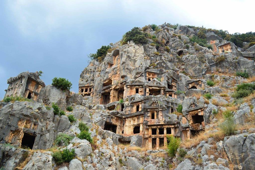 Ликийские гробницы в городе Мира