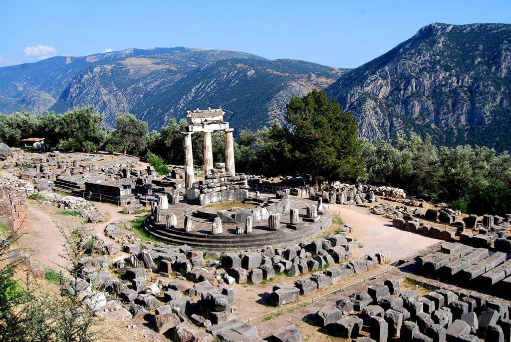 Храмовый комплекс на горе Парнас