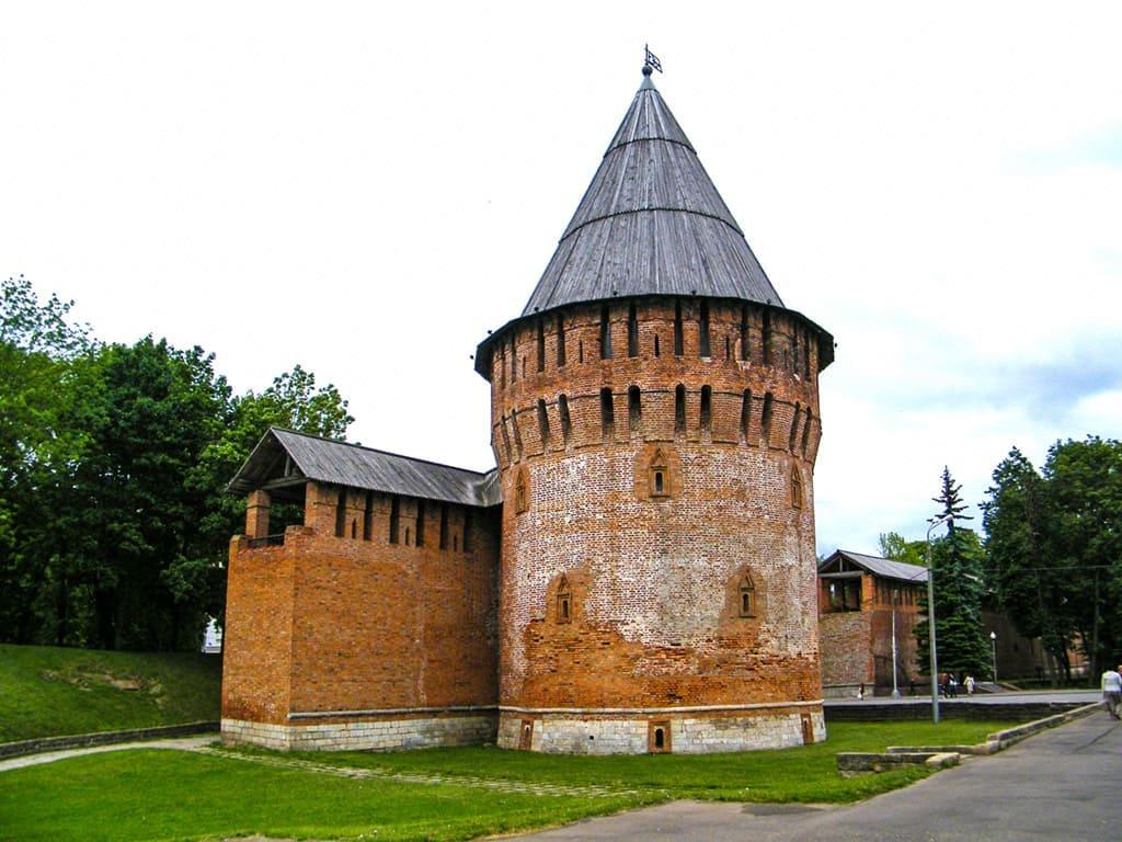 Громовая башня