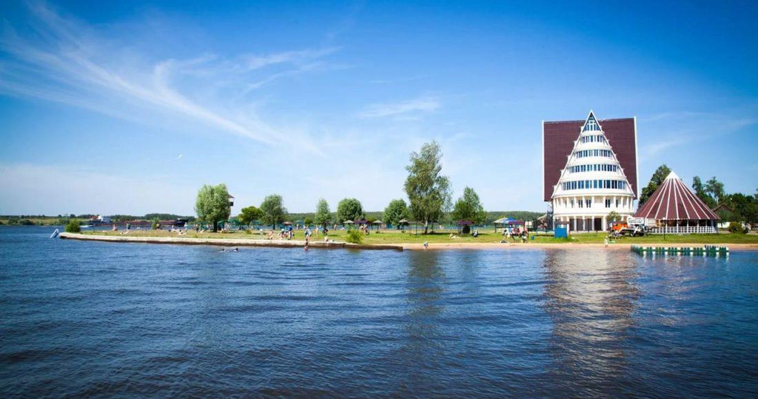 Зона отдыхи и пляж Троицкое на Клязьминском водохранилище