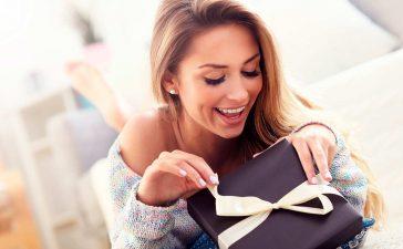 Что подарить на 8 Марта - ТОП 30 подарков